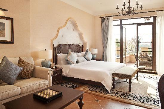 Le Camelia Hotel: 大床房