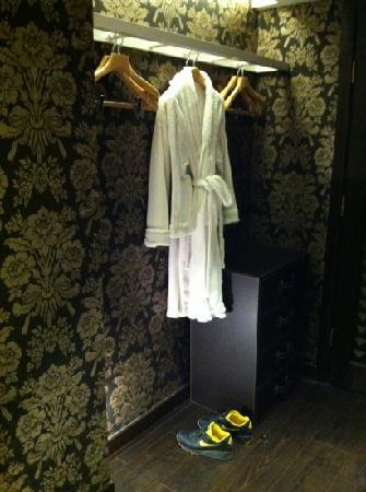Chun Hui Yuan Resort: 浴袍