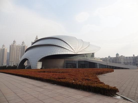 Exceptional Dalian Shell Museum: 贝壳博物馆的新馆 可是没有开 Nice Design