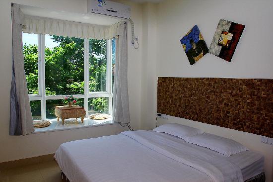 Sunshine Holiday Apartment Hotel (Sanyawan) : 卧室  亚龙湾