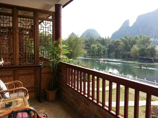 Yangshuo Mountain Retreat: 阳台风景