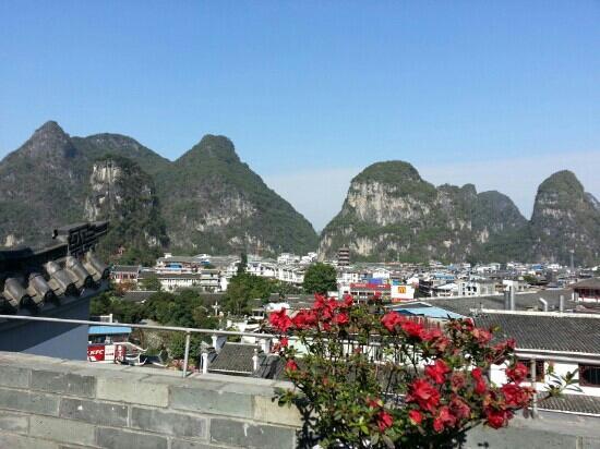 Yangshuo Elite Garden Hotel: 六层露台的风景