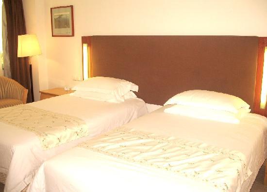 Heqing Hotel: 标准间