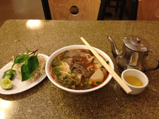 Pho Boi: this tastes good! pho noodle recommended