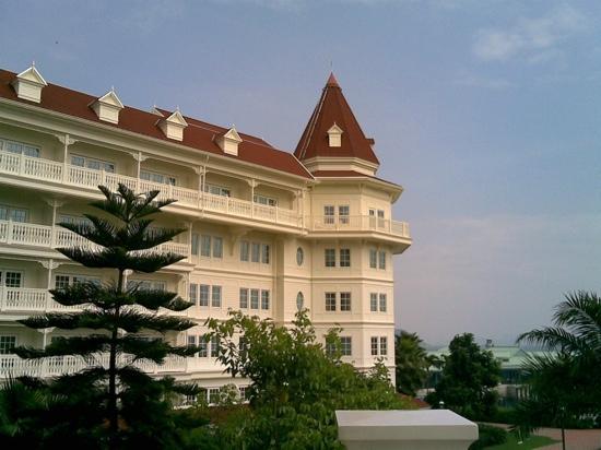 Hong Kong Disneyland Hotel: 漂亮的酒店