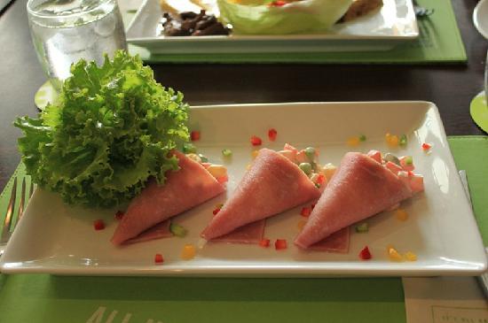 ibis Phuket Patong: 酒店送的正餐
