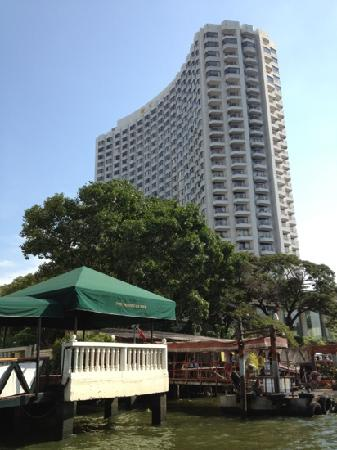 The Peninsula Bangkok: 半岛