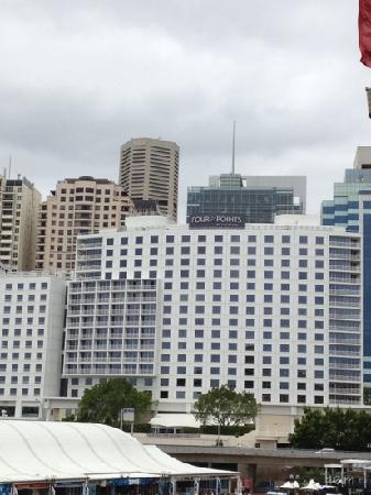 Hyatt Regency Sydney: four point