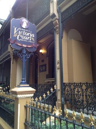 Victoria Court Hotel Sydney: vc
