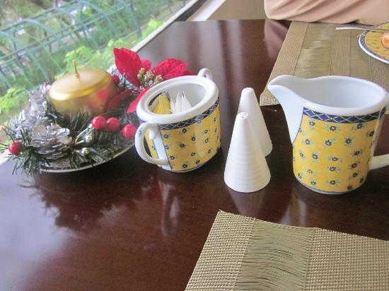 Pousada de Mong-Ha: 餐桌