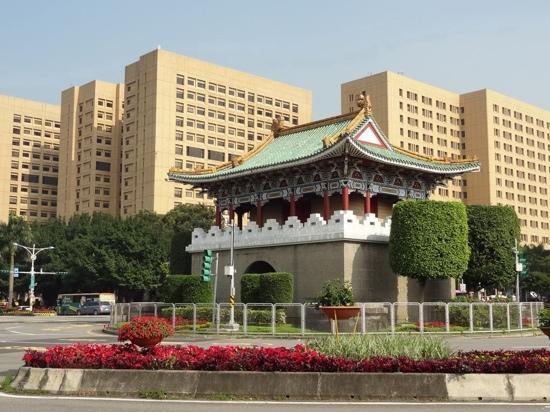 East Gate: 台北的东门