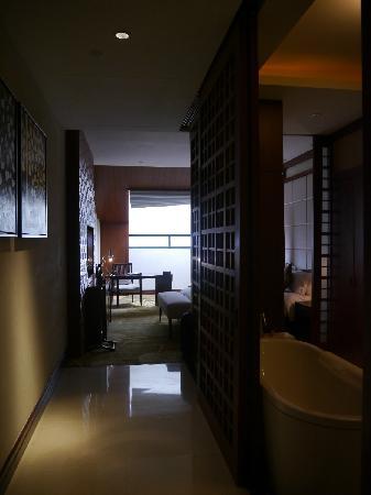Hotels & Preference Haily Binya Resort & SPA: 楼上卧室-大床房