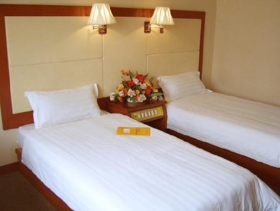 Jiayuan Art Hotel
