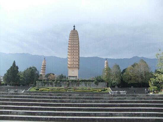 Jiangchuan County, Trung Quốc: 白塔