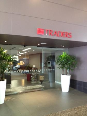 Hotel Jen Brisbane: traders