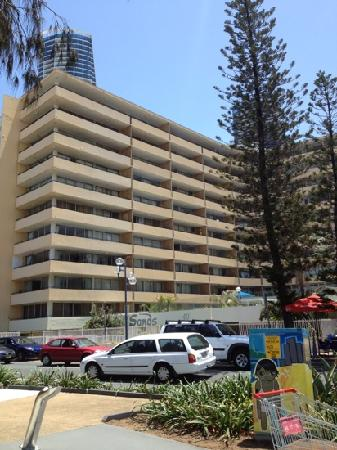 The Sands Holiday Apartments: sands