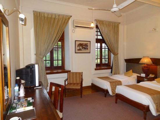 Hotel Suisse: 很古典的客房