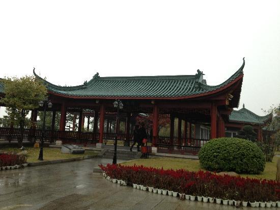 Dongting Lake Scenic Resort: 亭廊