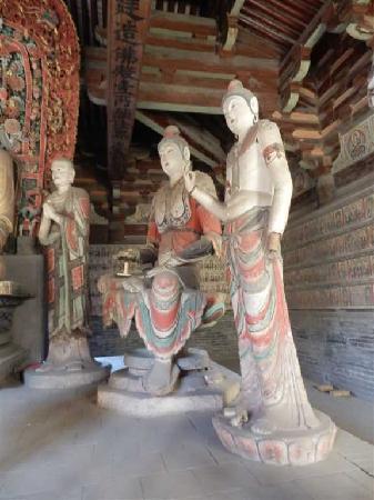 Zhenguo Temple: 佛