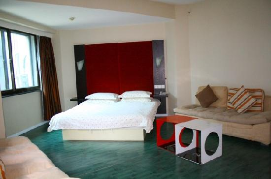 158 Ideal Business Hotel