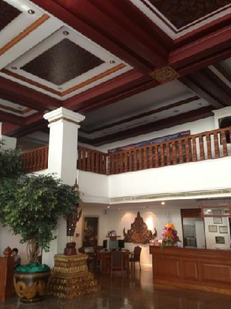 Empress Hotel: 大厅