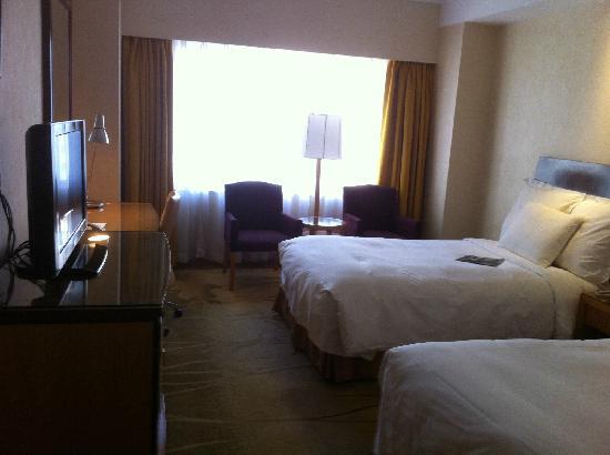 โรงแรมเรอเนสซองซ์ แยงซี เซี่ยงไฮ้: 房间内
