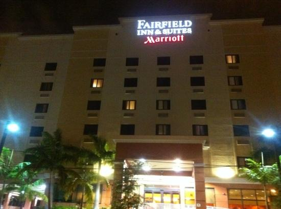 Fairfield Inn & Suites Miami Airport South: 酒店正面
