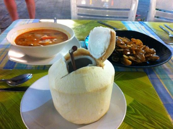 Safety Stop Koh Tao: 一个人的大餐