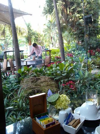 Swissotel Nai Lert Park: 餐厅