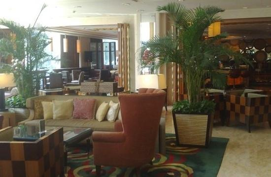 Renaissance Shanghai Pudong Hotel: 咖啡厅