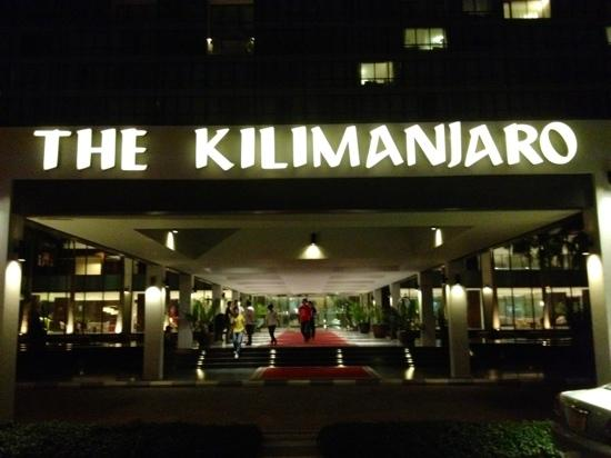 Hyatt Regency Dar es Salaam, The Kilimanjaro: 坦桑凯宾斯基
