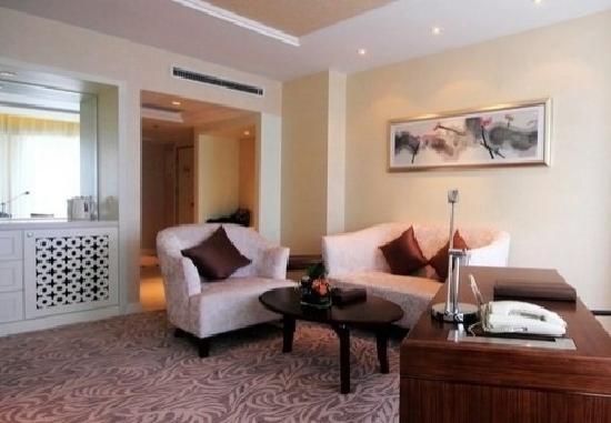 Mercure Chengdu North Hotel : 书房