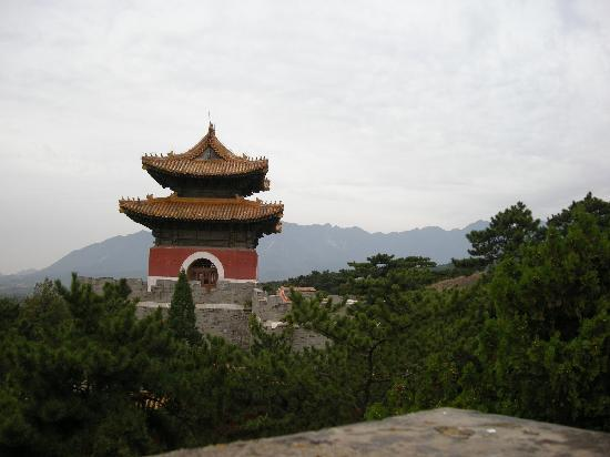 Things To Do in Eastern Royal Tombs of the Qing Dynasty Forest Park, Restaurants in Eastern Royal Tombs of the Qing Dynasty Forest Park