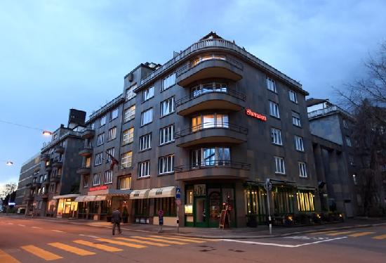 Sheraton Zurich Neues Schloss Hotel: 外观