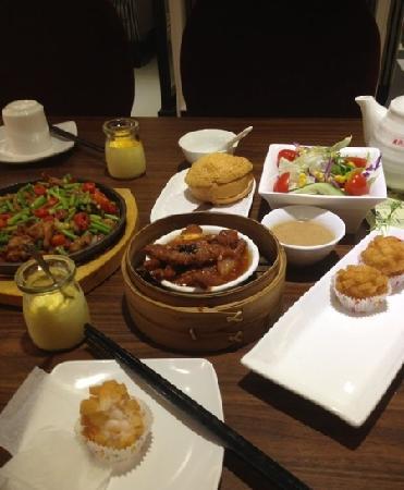 Bifengtang ·Gang Xi · YingXiang JingXi Hong Kong Style Tea Restaurant