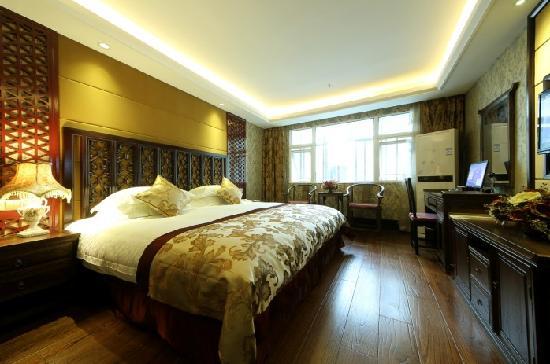 Enjoyland Hotel