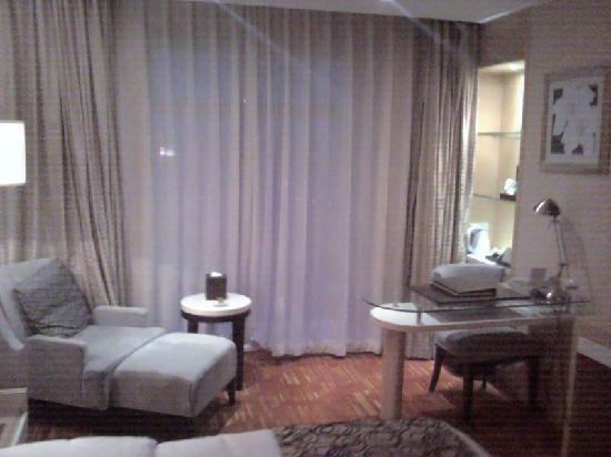 โรงแรม ปูซิ นิว เซ็นจูรี่ เซี่ยงไฮ้: 房内