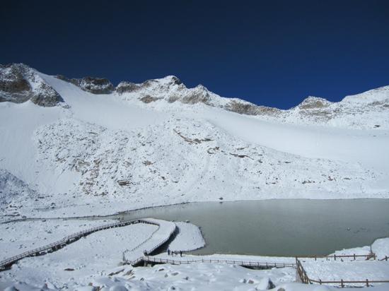 Dagu Glacier : 太干净了