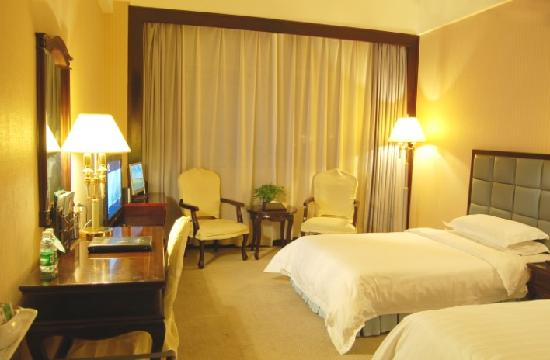 Royal Spring Hotel