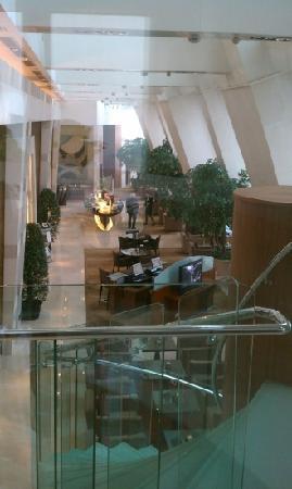 โรงแรมเลอ รอยัล เมอริเดียน เซี่ยงไฮ้: 大堂