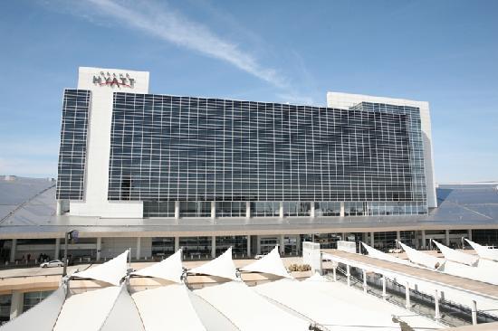 Grand Hyatt DFW: 外观