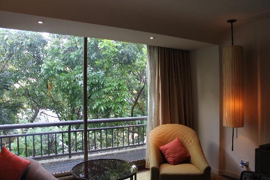 โรงแรมสวิสโซเทล นายเลิศ ปาร์ค: room