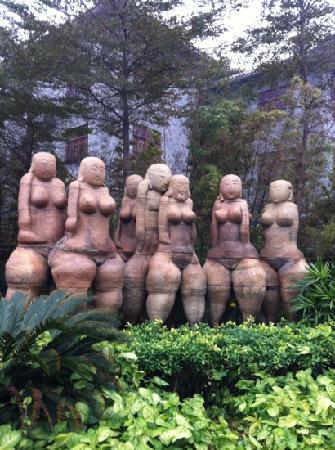 Nanfeng Ancient Kiln: 群雕