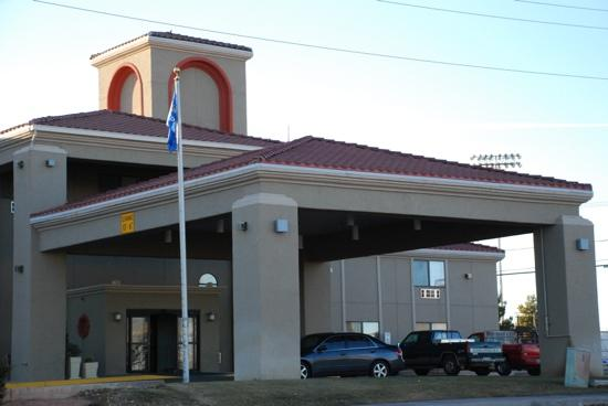 Clarion Inn : page的超值假日酒店 升级套房