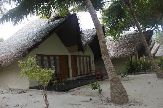 Adaaran Select Hudhuranfushi:                   沙滩屋