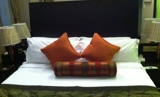 Merry Hotel Shanghai:                   美丽园龙都