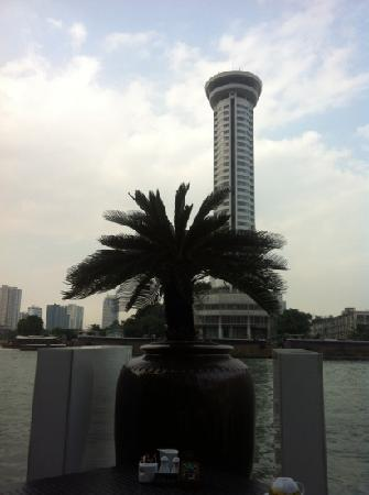 Millennium Hilton Bangkok:                   希尔顿