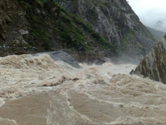 Shanghutiao Canyon : 虎跳峡