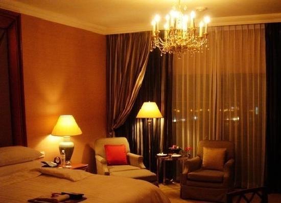 La Residence Bangkok:                   room