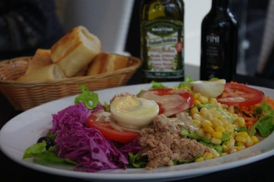 Brook's cafe : Salad